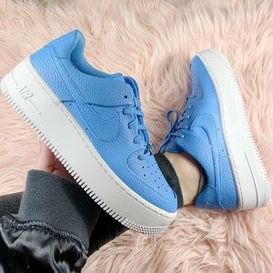 New Nike Women's Air Force 1 Sage Low